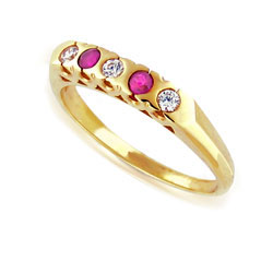 18k Yellow Gold Pretty Prong-set Ruby and Diamond Ring